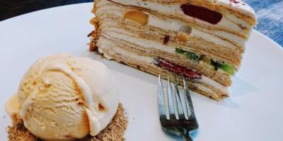 Crepe Cake A La Mousse Philadelphia