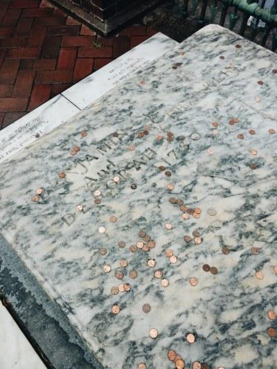 Franklin's Grave Philadelphia