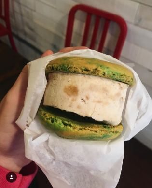Sugar Philly Ice Cream Macaron